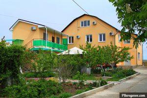 Гостевой дом в Береговом на Грина 50