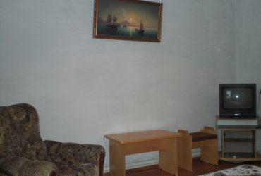 Gostevoj-dom-pervyj-jetazh-dvuhkomnatnyj-nomer-2
