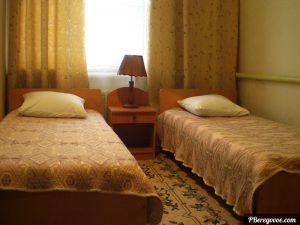 Гостевой дом в Береговом, двухкомнатный номер второй этаж - 2